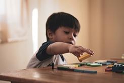 2岁多孩子说话吐字不清有哪些原因?